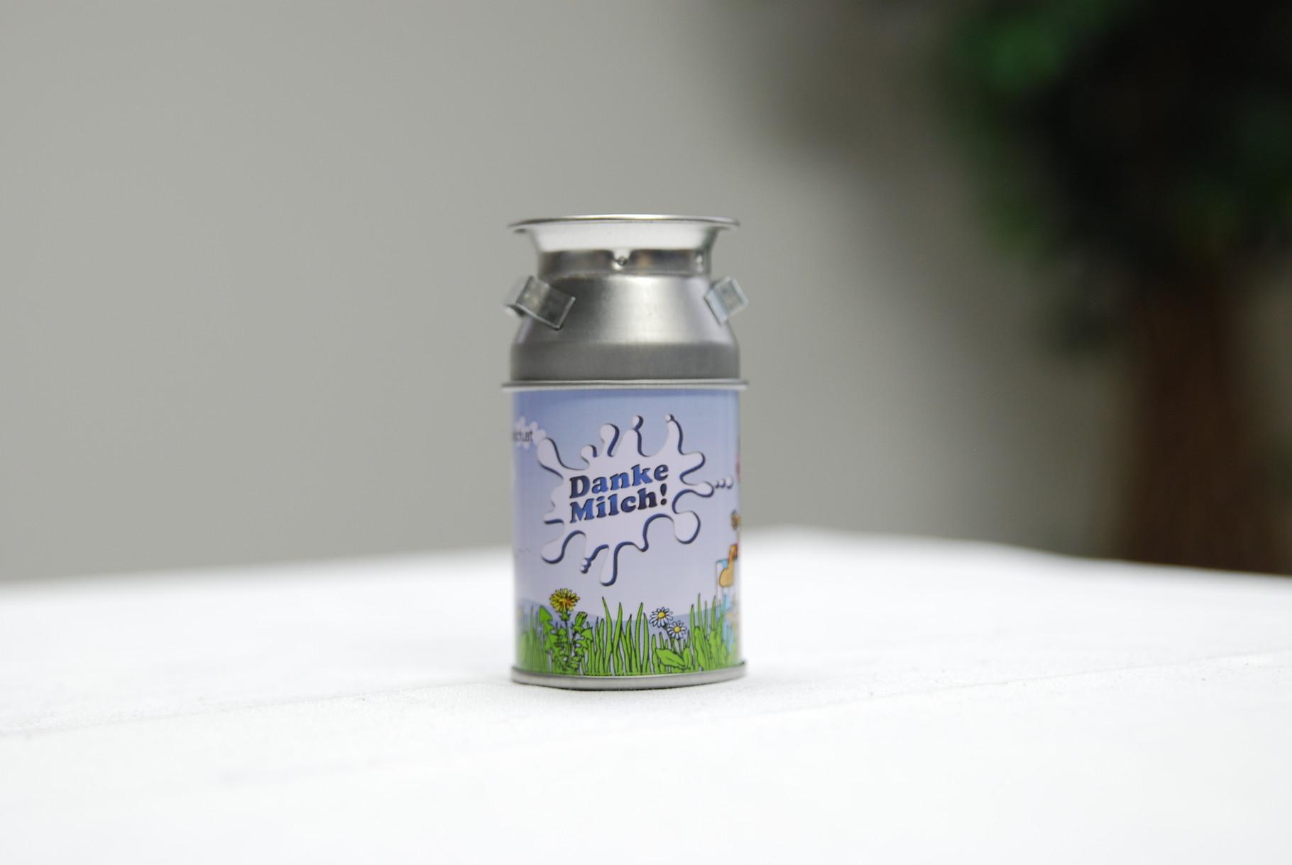 Der Dosenspitzer im Milchkannendesign. Eine FivePoints-Idee.