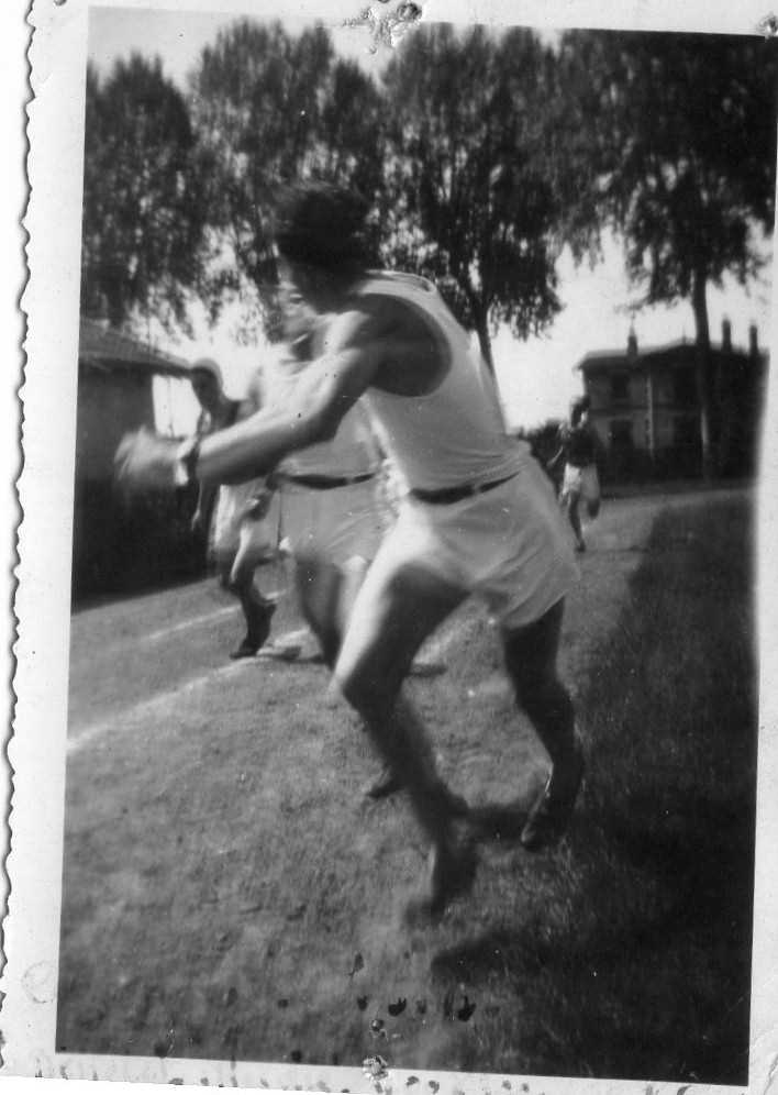 Cazenave, coureur du relais pour l'USB, années 40.