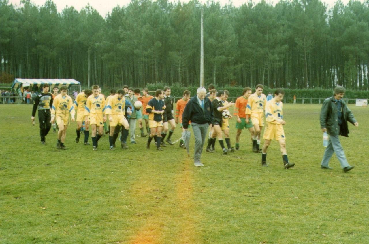 32ème de finale de Coupe D'Aquitaine contre Trélissac (défaite 8-0) le 28 Janvier 1990.