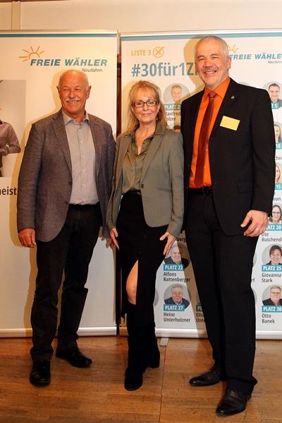 Bayerischer Landtagsabgeordneter Benno Zierer, Iris Besemer Hallbergmoos und Norbert Manhart