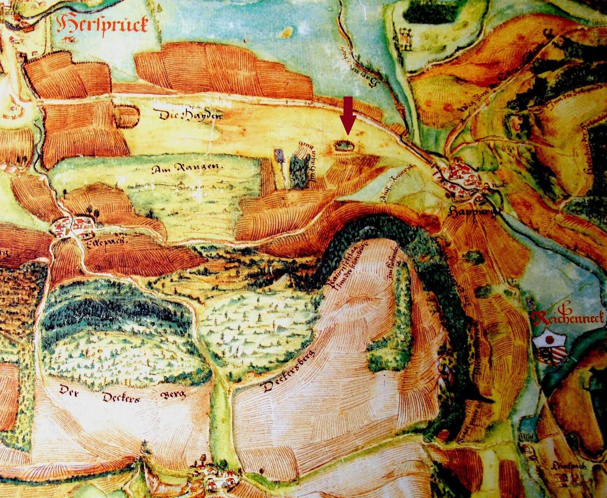 """Pfinzing-Karte Amt Hersbruck von 1596: Der von einem Zaun umgebene Hügel ist markiert. Möglicherweise ist auch die nach Osten anschließende Flur  """"Die Hayden"""" von Bedeutung."""