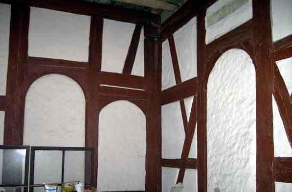 Teilansicht des noch vorhandenenen Betsaals im Obergeschoß