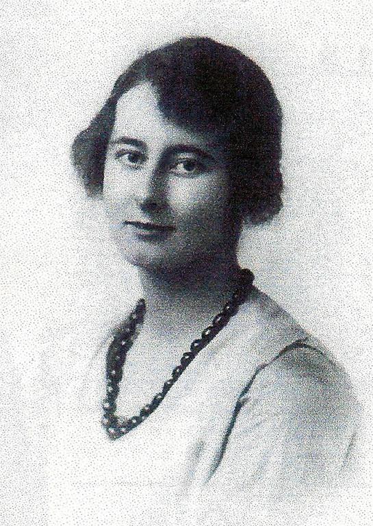 Dorothy Giles