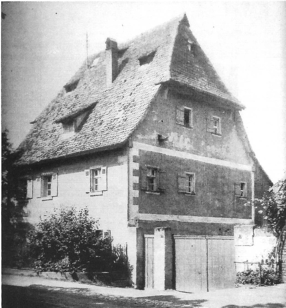 Dieses Bauernhaus, datiert 1523, war bis 1973 erhalten geblieben. Das Fachwerk lag unter modernem Putz.