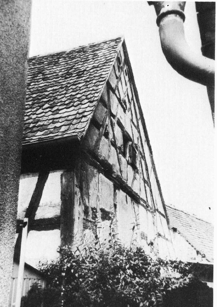 Gebäude der 1708 erbauten neuen Synagoge. Um 1900 Auflösung der bedeutenden jüdischen Gemeinde Brucks.