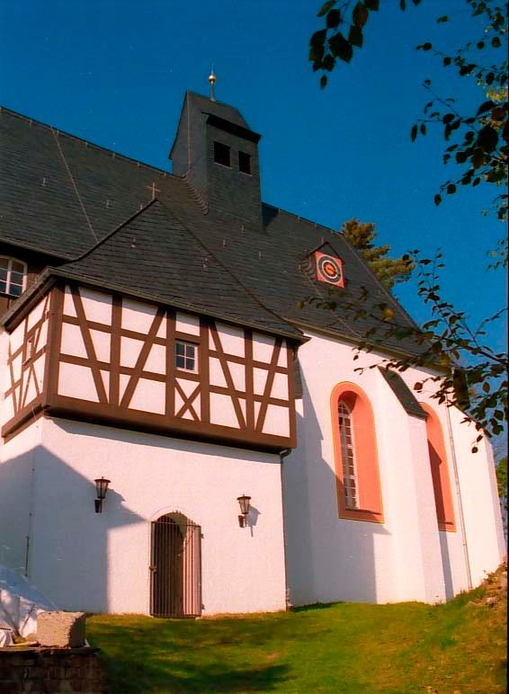 Die Kirche Santa Katharina in Eichigt