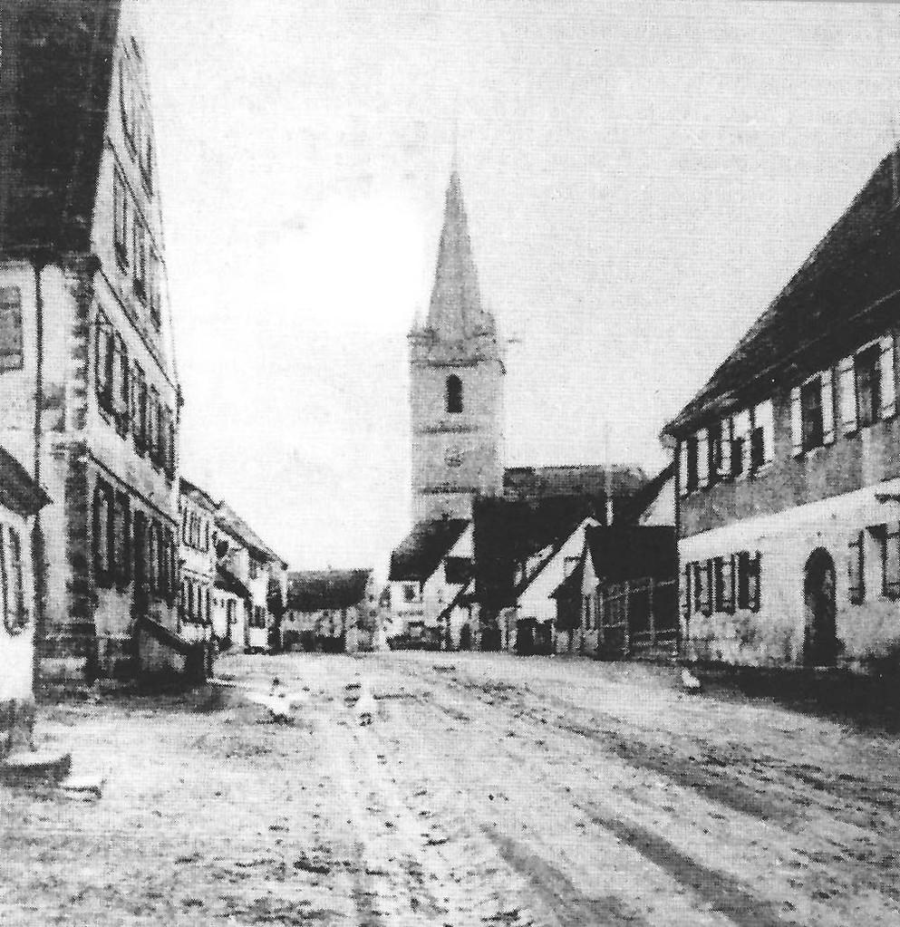Die Fürther Straße ca. 1910, rechts das Volland-Haus im damaligen Zustand