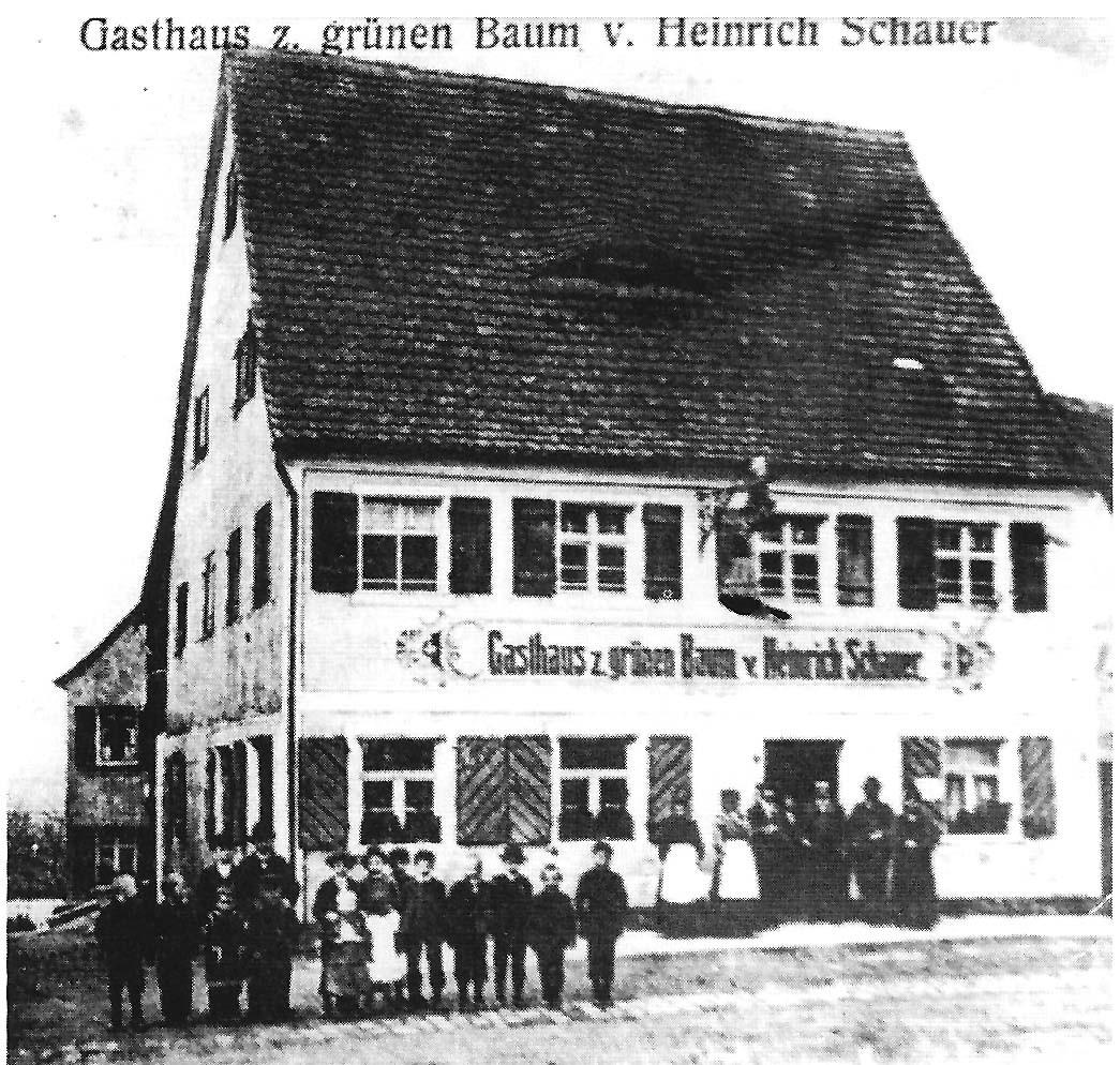 """Gasthaus """"Grüner Baum"""" mit Büttnerei. Das Haus wurde 1806 nach einem Brand neu erbaut."""