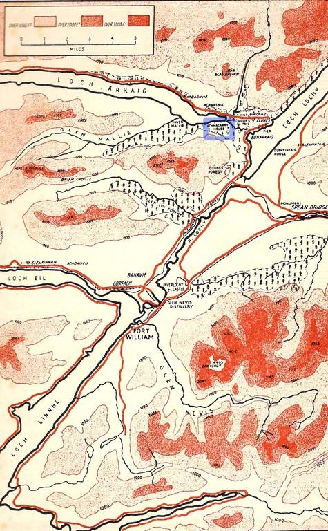"""Das Gelände rund um Fort William mit dem Commado Trainingszentrum """"Achnacarry House"""" (oben)"""