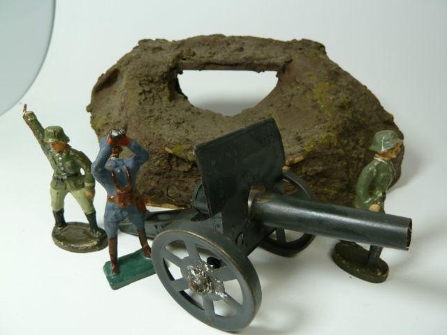 ...und weitere Kinder-Militaria aus Leolin