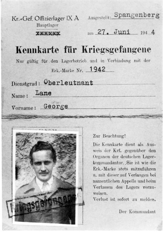 Unenttarnt in Gefangenschaft: George Lanes Kennkarte des Offizierslagers Spangenberg