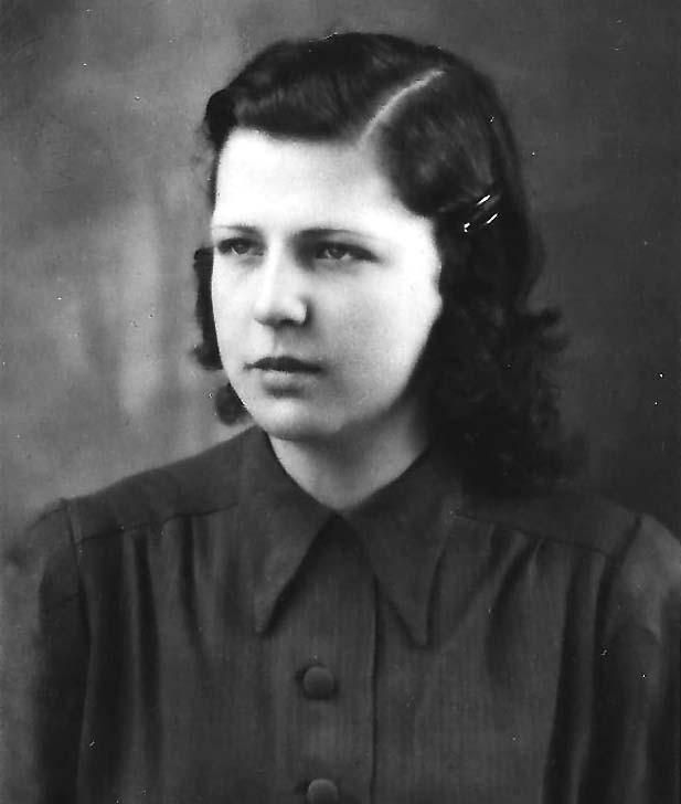 Betty im Alter von 14/15 Jahren