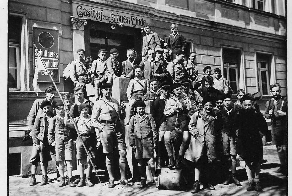 Um 1930: Wandergruppe des Bund deutsch-jüdischer Jugend, an deren Aktiviäten Karl Ernst teilnahm