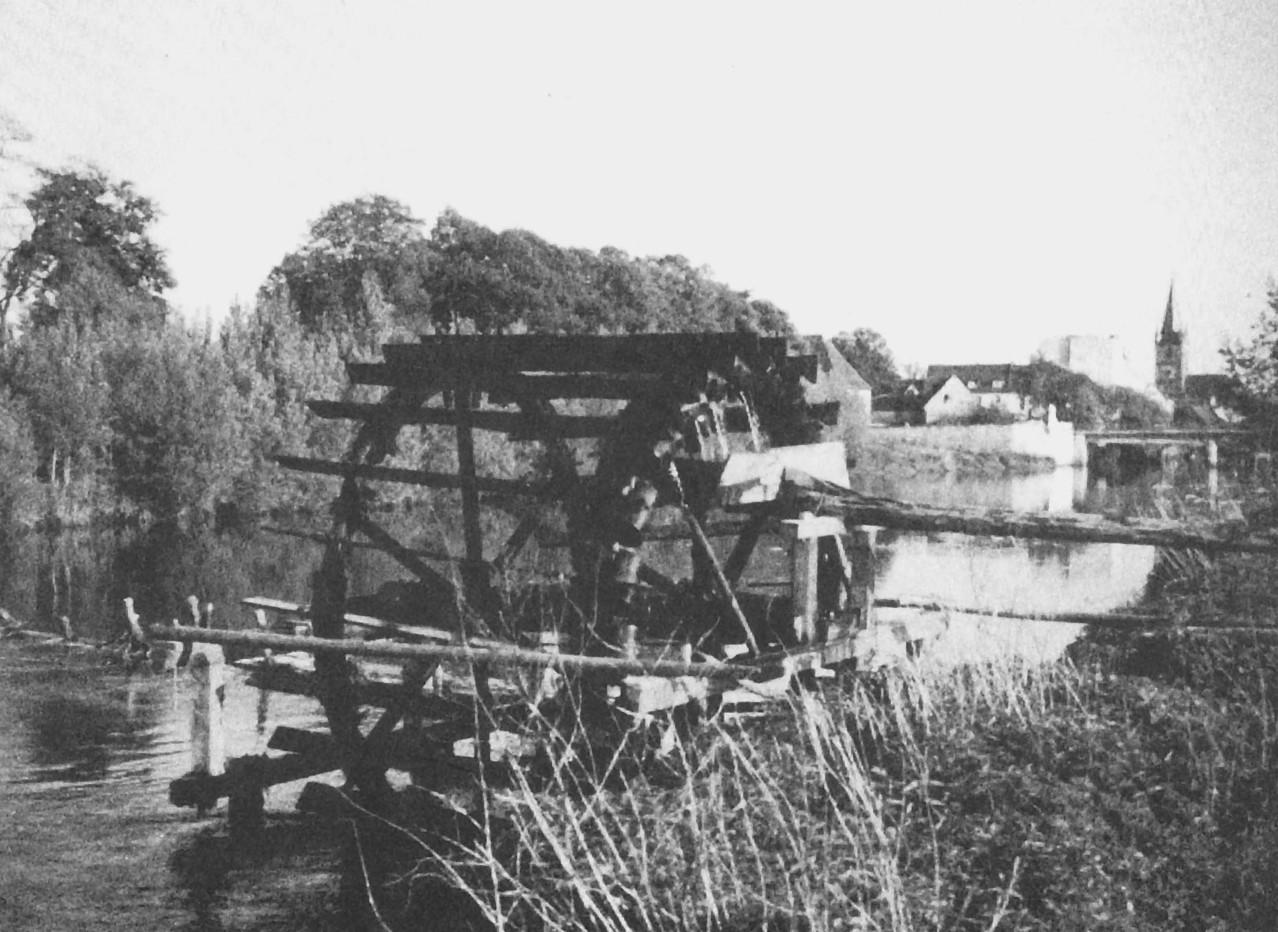 Ein weiteres Schöpfrad nördlich der Regnitzbrücke.