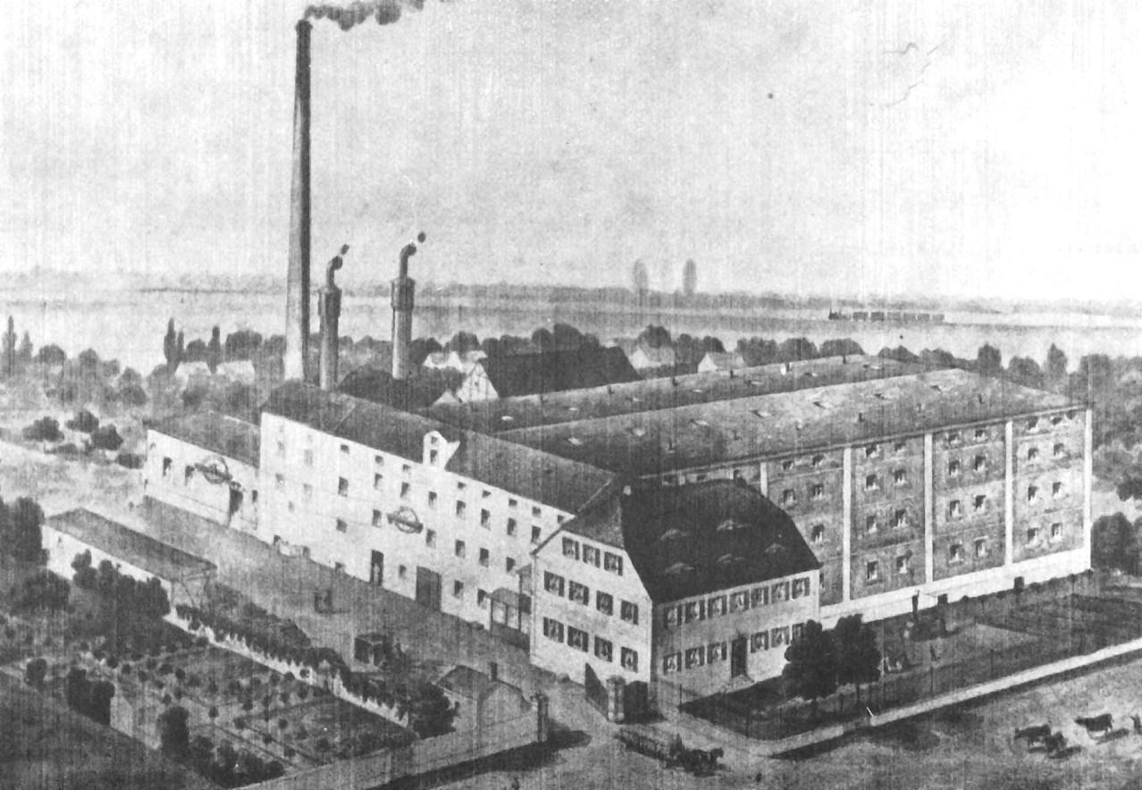 Der 1919 abgebrannte Mälzereikomplex Hummelmann hinter dem verschonten Wohn-und Verwaltungsgebäude
