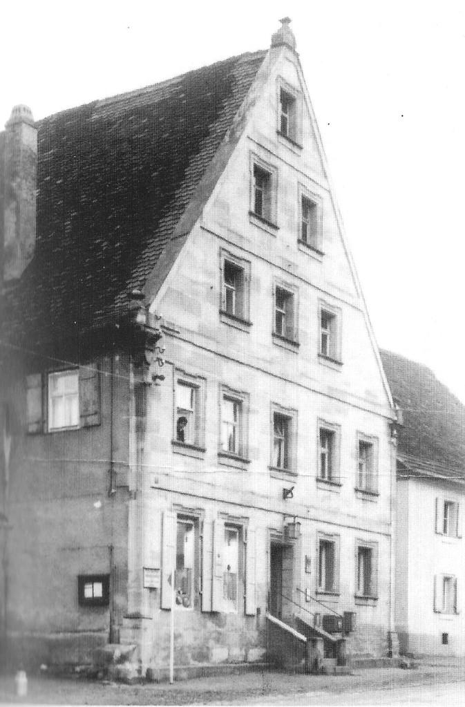 Das Barock-Nachbarhaus zu meiner Kinderzeit