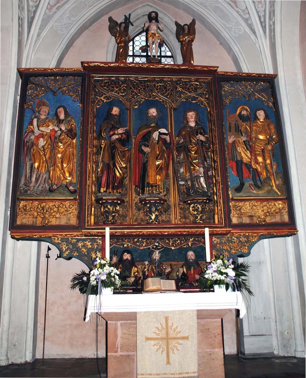 Der spätgotische Altar, an dem mich die Relief-Figuren rechts im Flügel am meisten beeindruckten: Sankt Sebald und Ritter Sankt Georg.