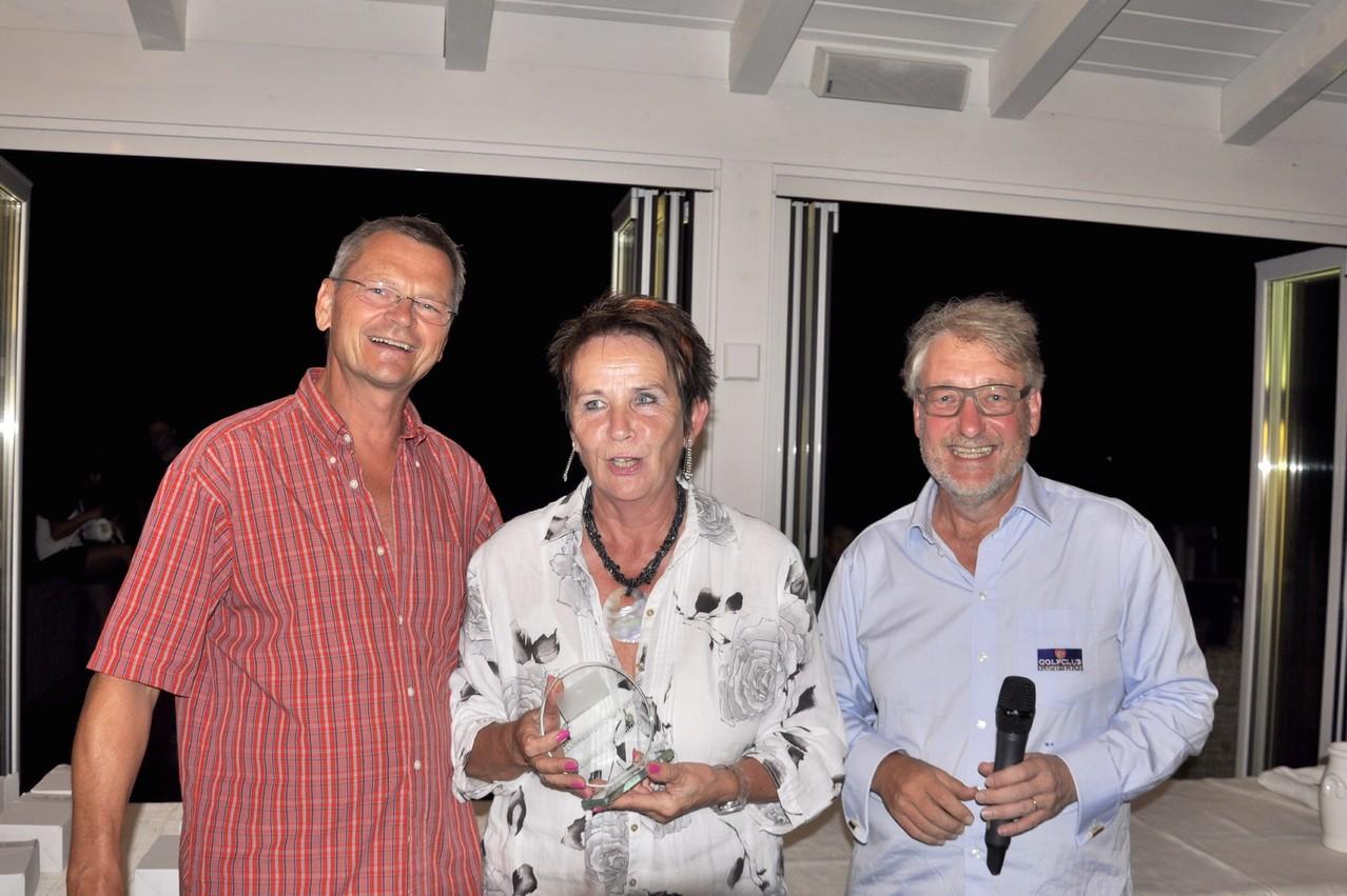 Brutto-Siegerin und 1. Clubmeisterin des GCKlosterneuburg: Christine Doupnik