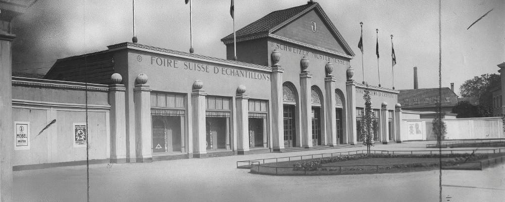 Blick zurück in die Angangszeit: Messegebäude und ...
