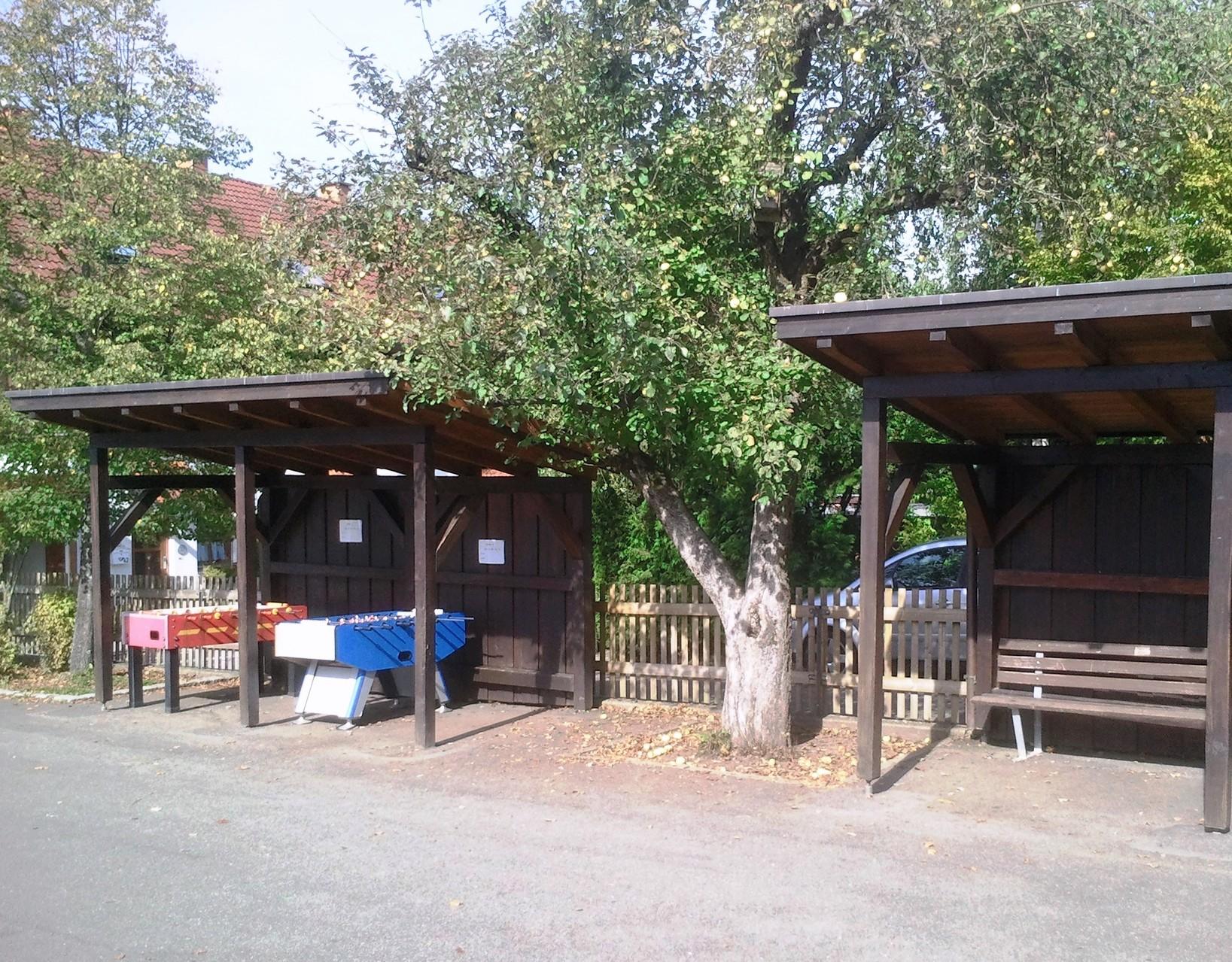 Grundschule Ziegelhütten:  Unsere Kickerhäuschen