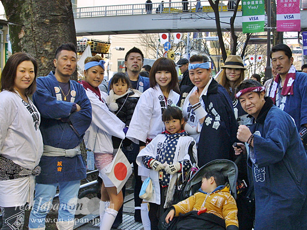 西睦會さん。 地元、武蔵野・西窪稲荷神社の祭りもおススメ。祭りの魅力は街の活性化、家族、人と人のつながりがあるよね。普段出せない大きく元気な声も出せるしね。