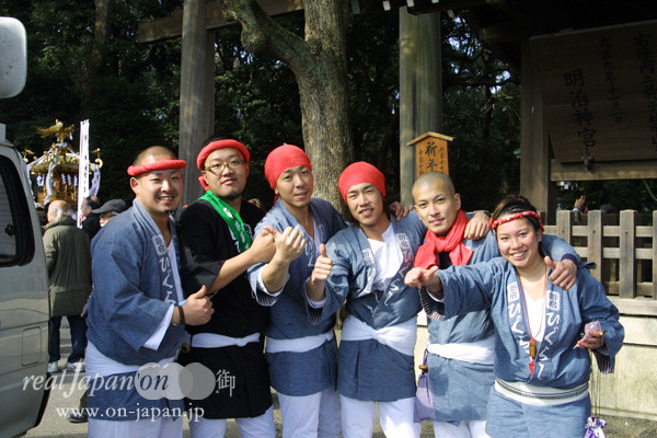 新宿 ひぐらし さん。今年は花園神社では 雷電神輿が出る!