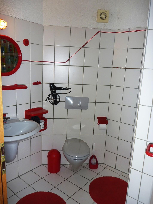 private g stezimmer und appartement in krefeld f r max 10. Black Bedroom Furniture Sets. Home Design Ideas