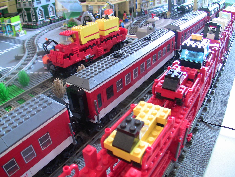 Personen-, Autotransport- und LKW-Transportwaggons