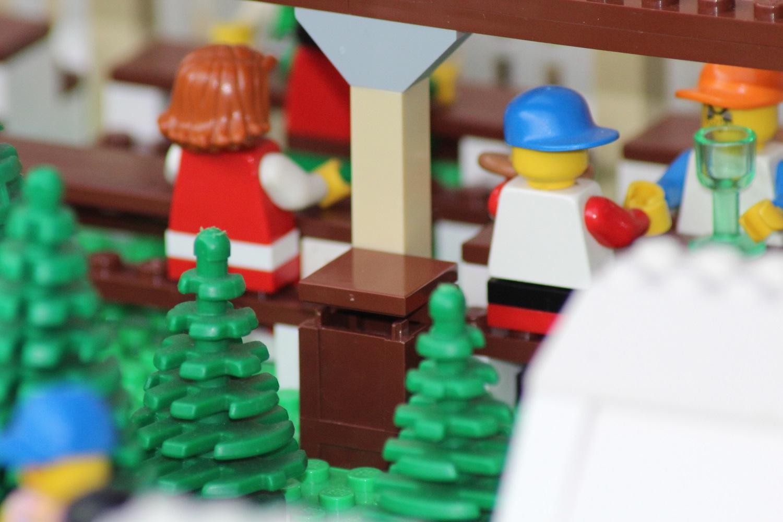 Mülleimer aus Legobausteinen