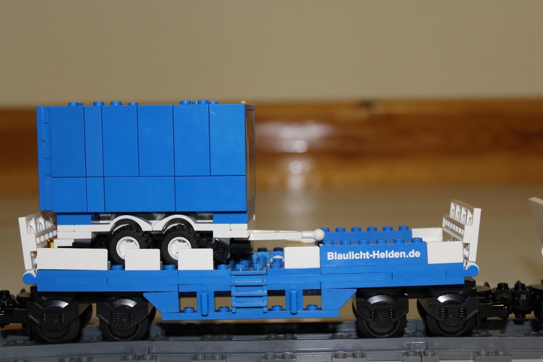 THW Eisenbahn-Waggon mit AnhSpül
