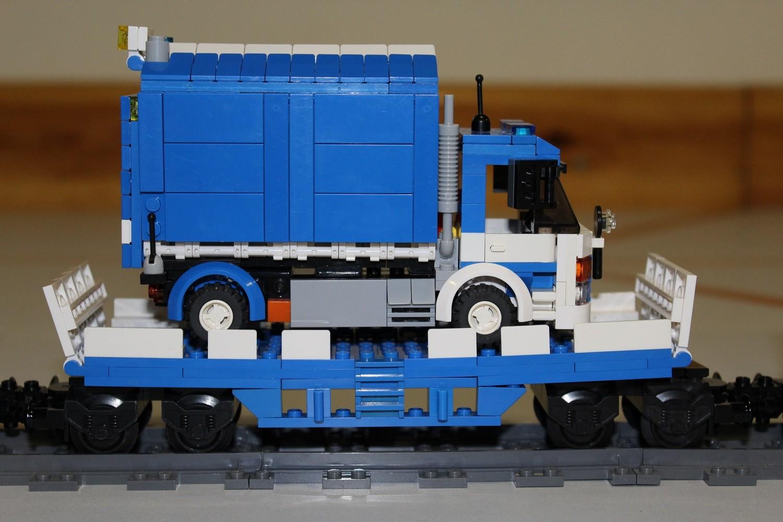 THW Eisenbahn-Waggon mit LKW 7t