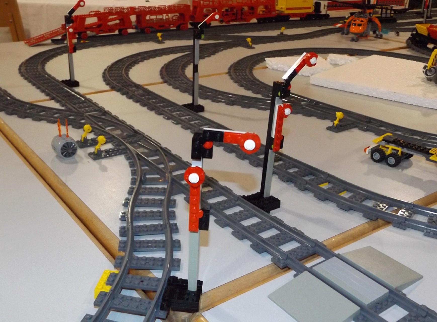 MOC Signale in der Eisenbahn-Anlage