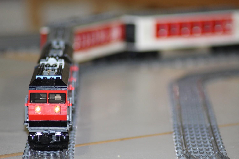 MOC Lokomotive mit Frontlicht