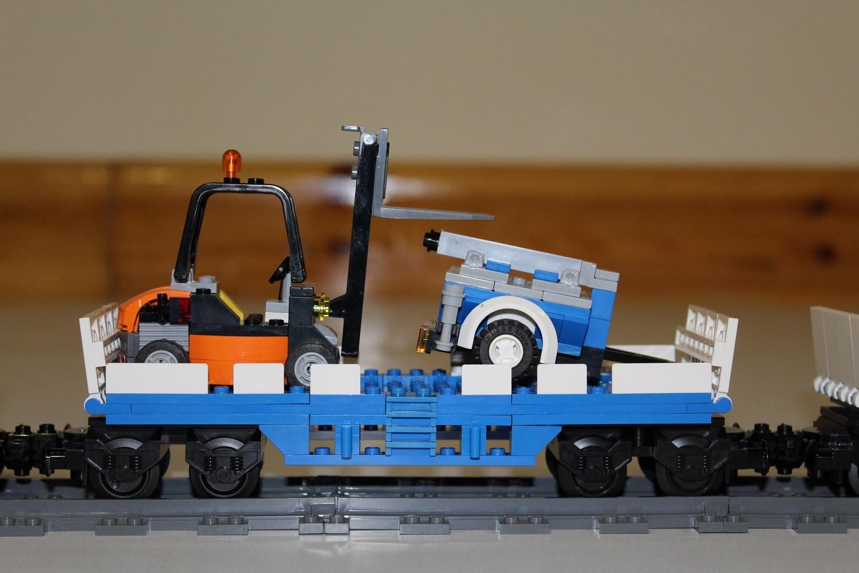 THW Eisenbahn-Waggon mit Gabelstapler und Feldküche