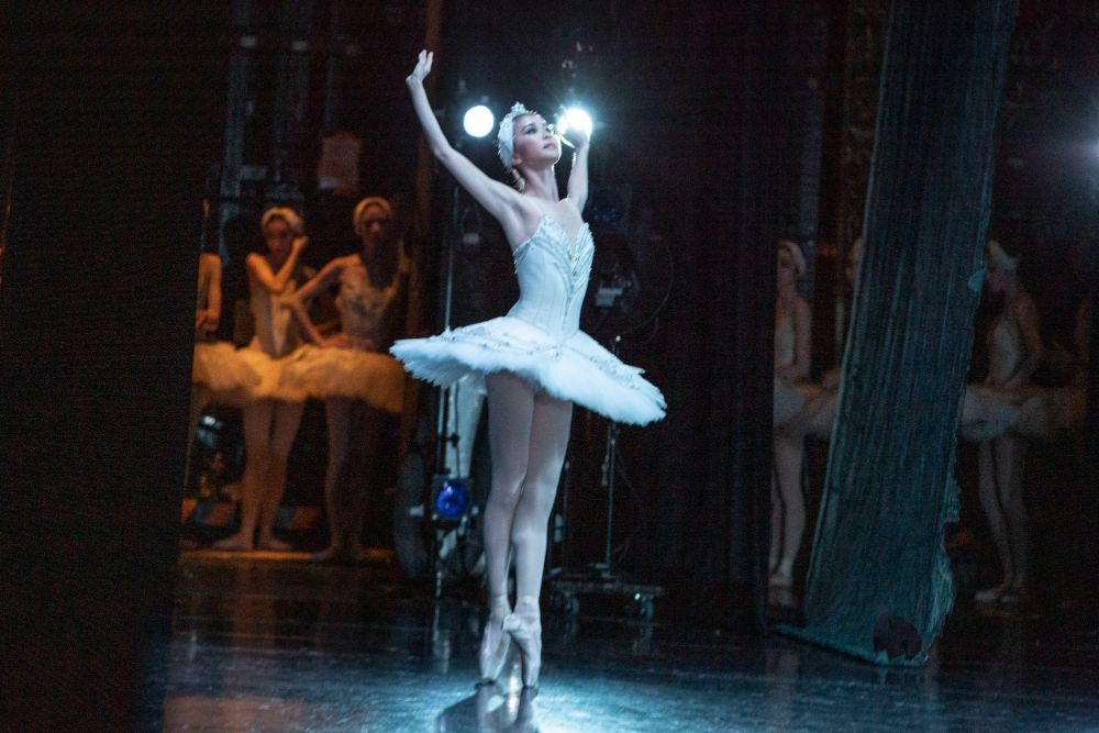 """Behind the scenes """"Swan Lake (NISSAY THEATRE)"""" Part 3 <事務局>"""