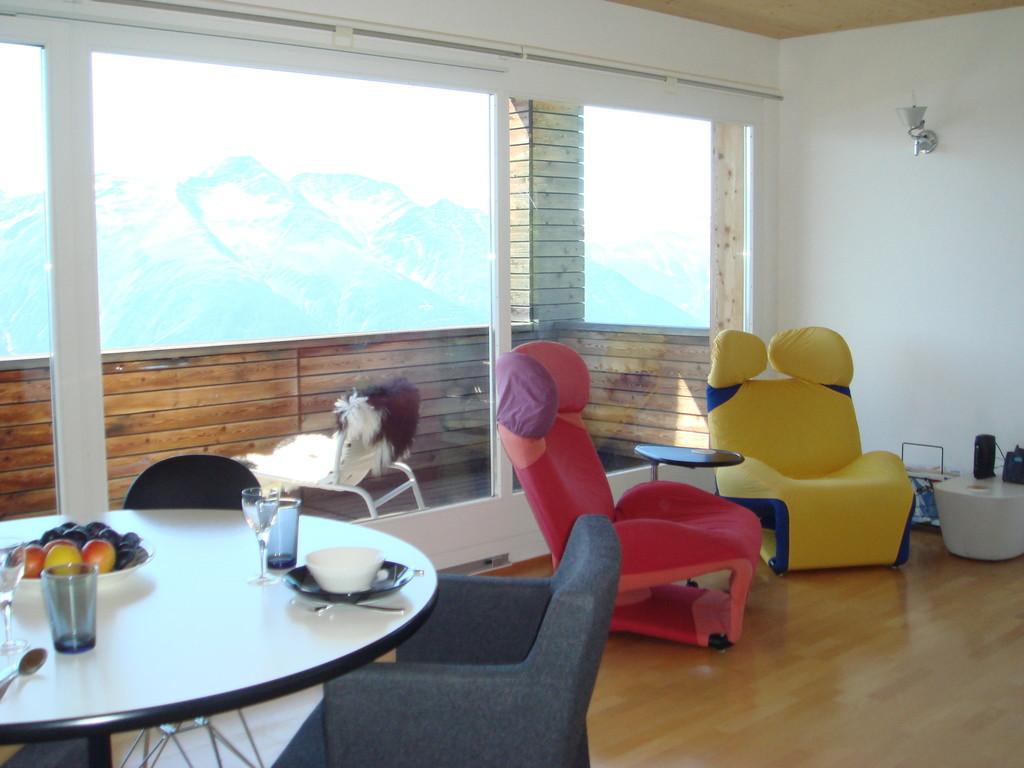 bett brett free bett brett with bett brett fabulous original vw t multivan bettplatte bett. Black Bedroom Furniture Sets. Home Design Ideas