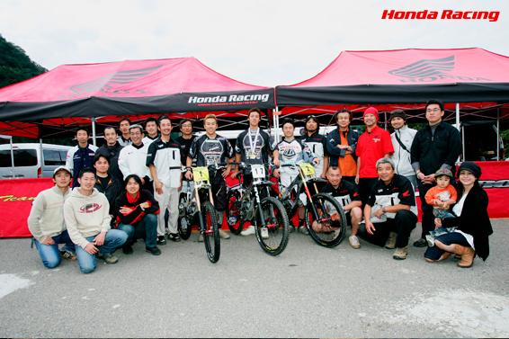 マウンテンバイク・ダウンヒル HRC(株式会社ホンダ・レーシング) メカニック