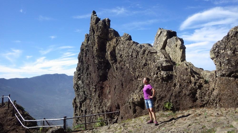 @ El Hierro: Heldenhafter Gipfelsieg! 900 Höhenmeter, 4,4 Kilometer, 1 Stunden und 45 Minuten.