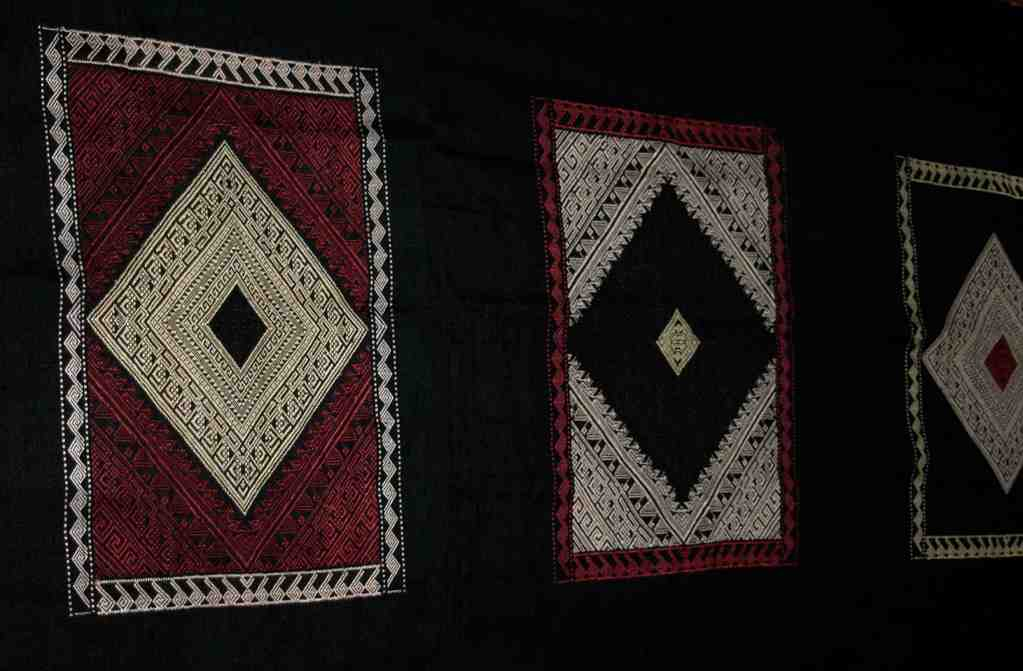 "Wallhanging ""Diamonds"" 195 x 75 cm,  Laos"