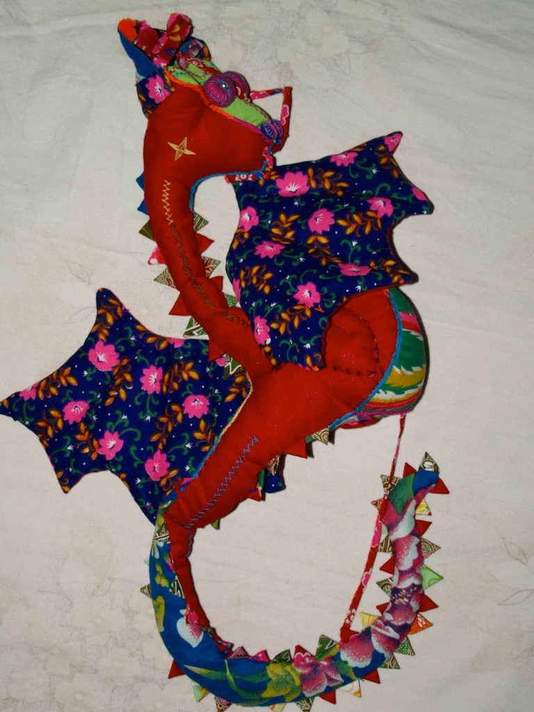 Dragon-Doll ca. 50x 30 cm