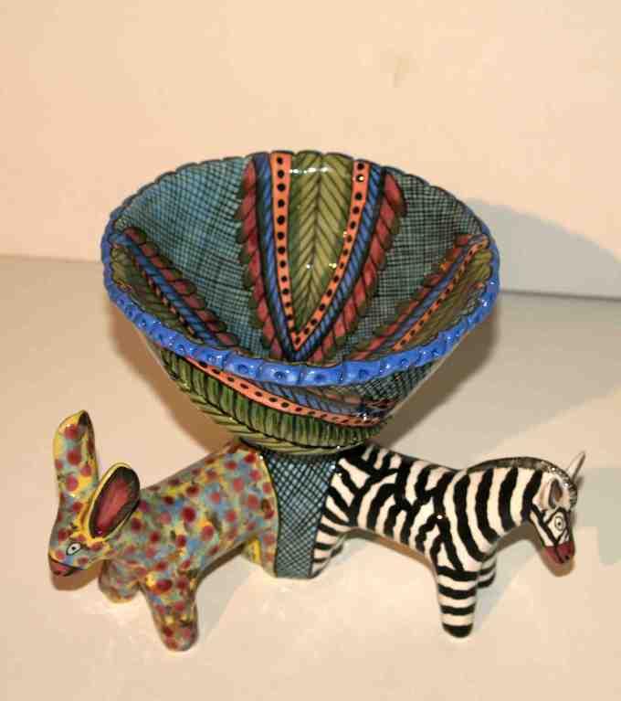 kleine Schüssel mit Tieren / Ardmore Studios