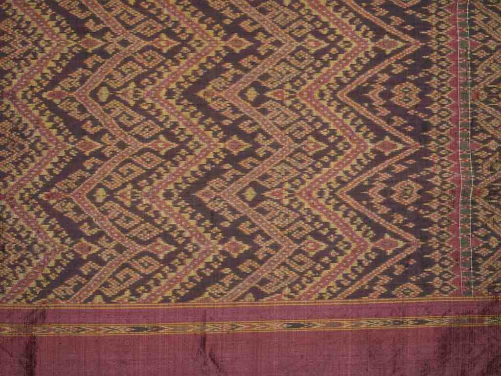 Madmee (Ikat) 92 x 92 cm, Kambodscha