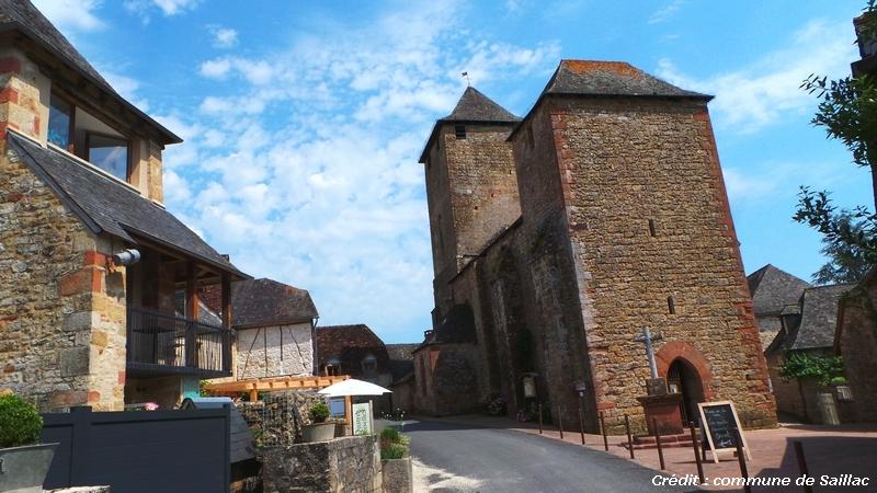 Eglise fortifiée de la Nativité de St Jean-Baptiste du XIIème siècle