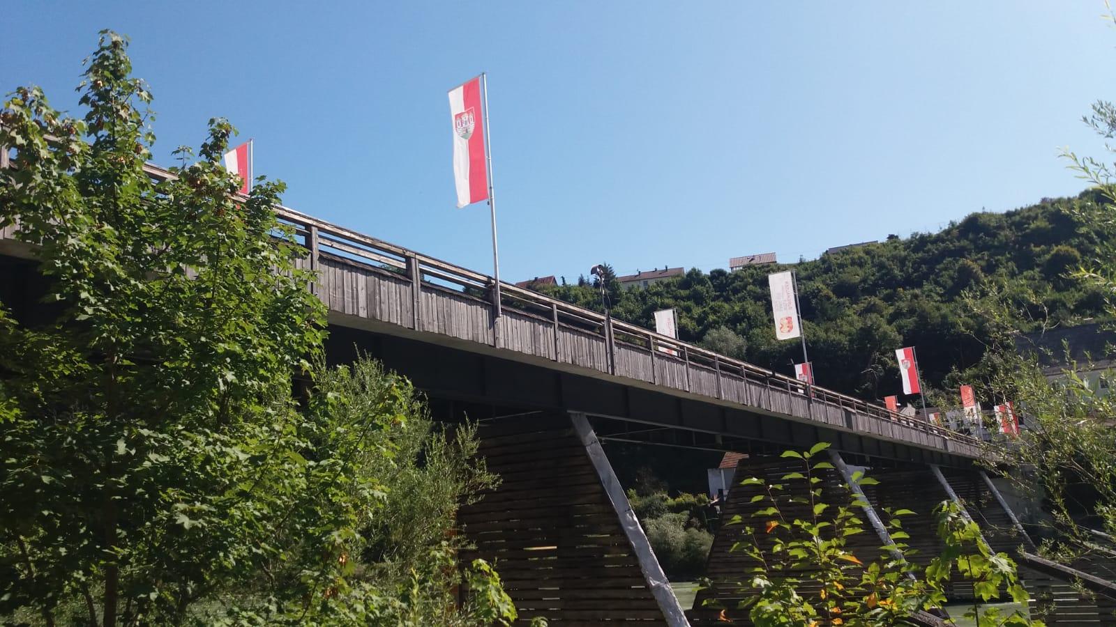 Grenzbrücke nach Österreich
