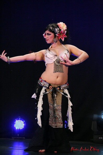 Karanfilia beim Internationalen Tribal Festival Hannover 2011 Photo: André Elbing