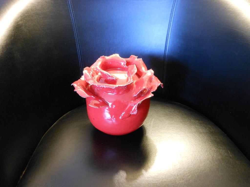 ROSE puits d'energie Clicknjoyart poterie ceramique © ClicknJoyArt 123RF