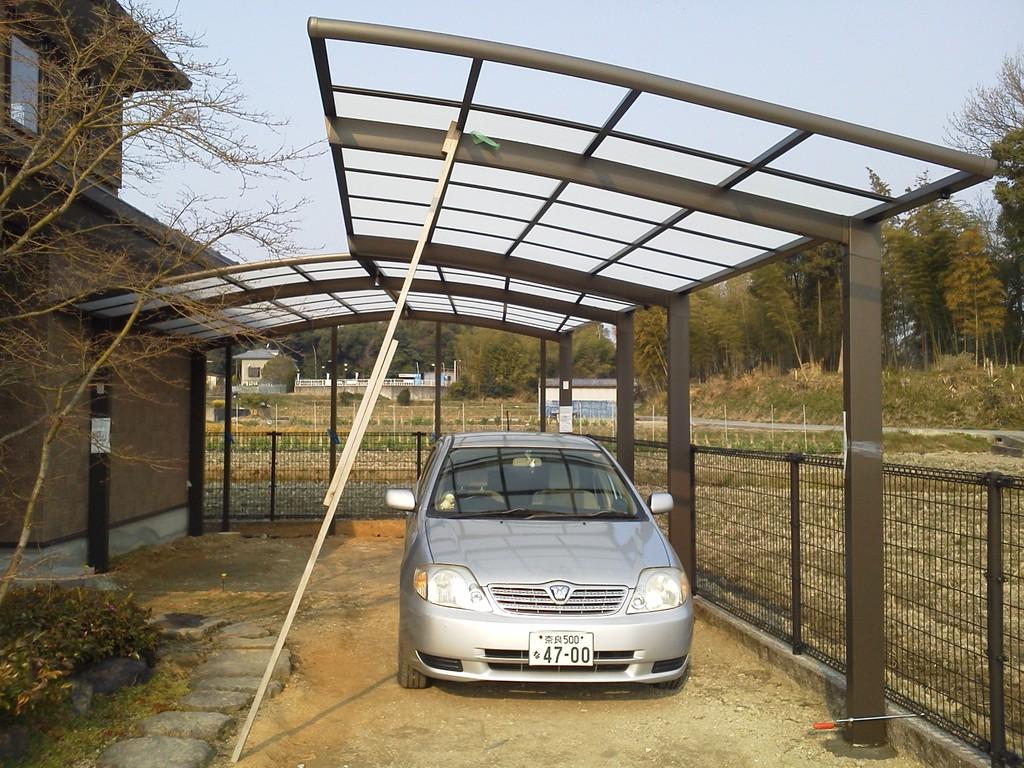カーポートパネル取り付け完了 造園・外構・エクステリア工事@奈良県北葛城郡広陵町
