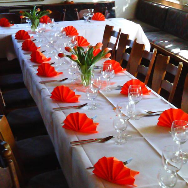 Tischdeko Clubzimmer