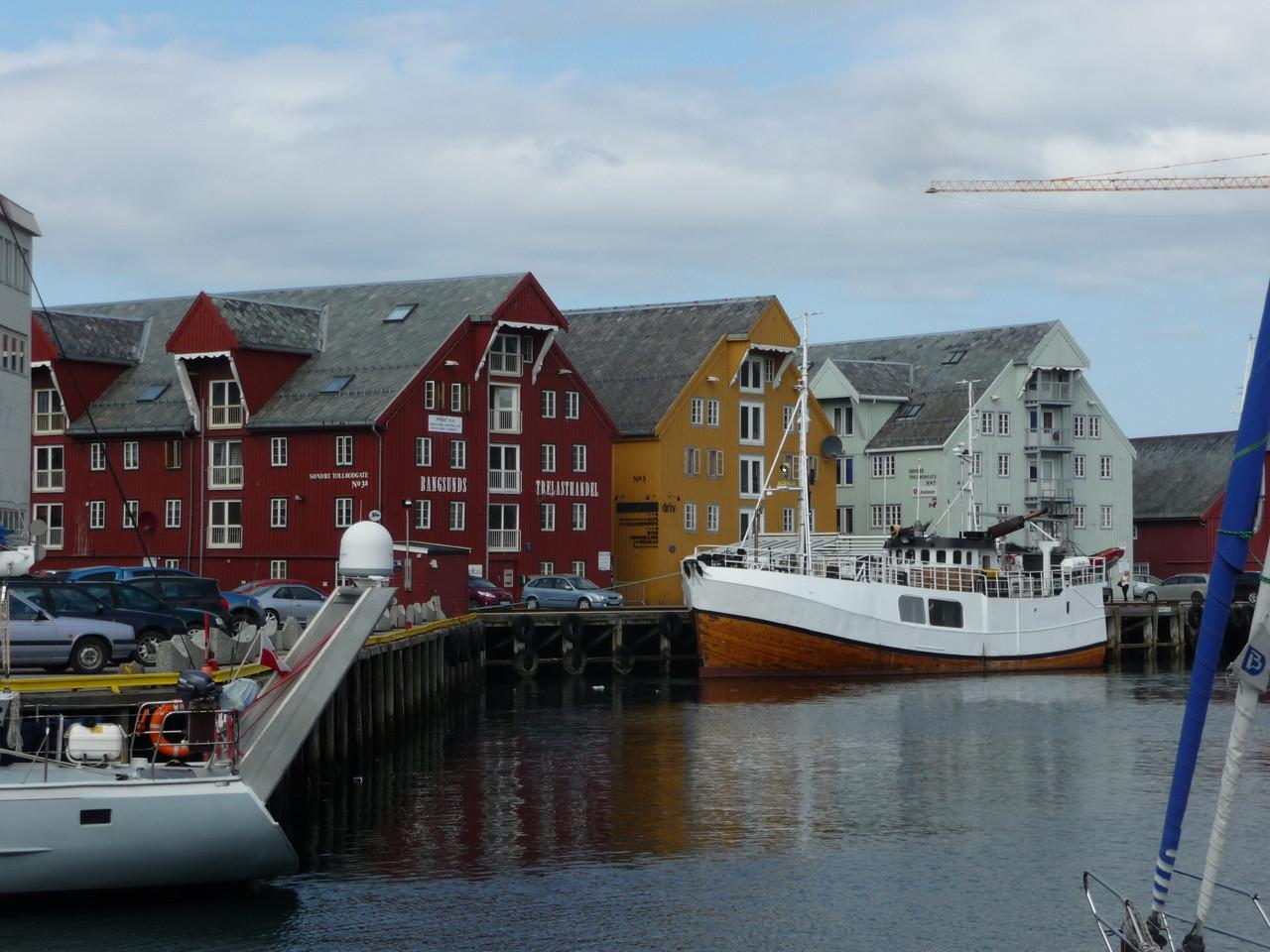 ... die bunten Häuser Tromsös
