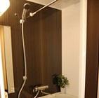 シャワー完備のリンパマッサージサロンの写真